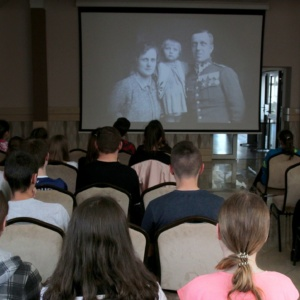 9. przegląd filmowy Echa Katynia