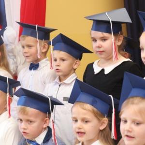 Ślubowanie uczniów klasy pierwszej